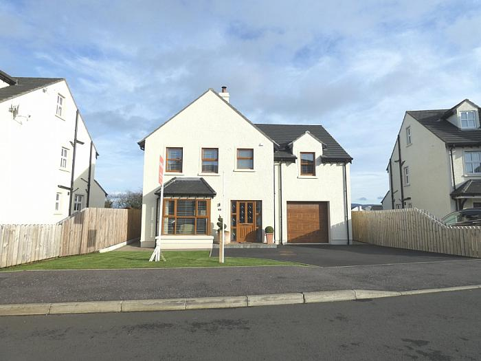 9 Clare Court, Ballycastle