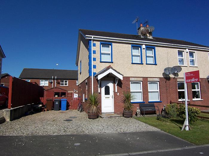 27 Castlehill Place, Ballymoney