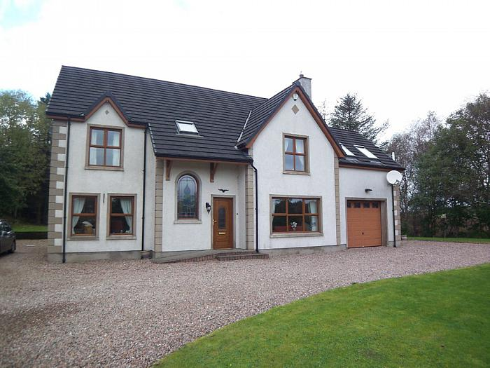 27B Rosnashane Road, Ballymoney