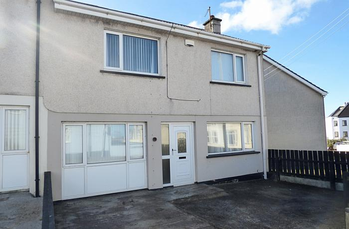 2 Queenora Avenue, Portstewart